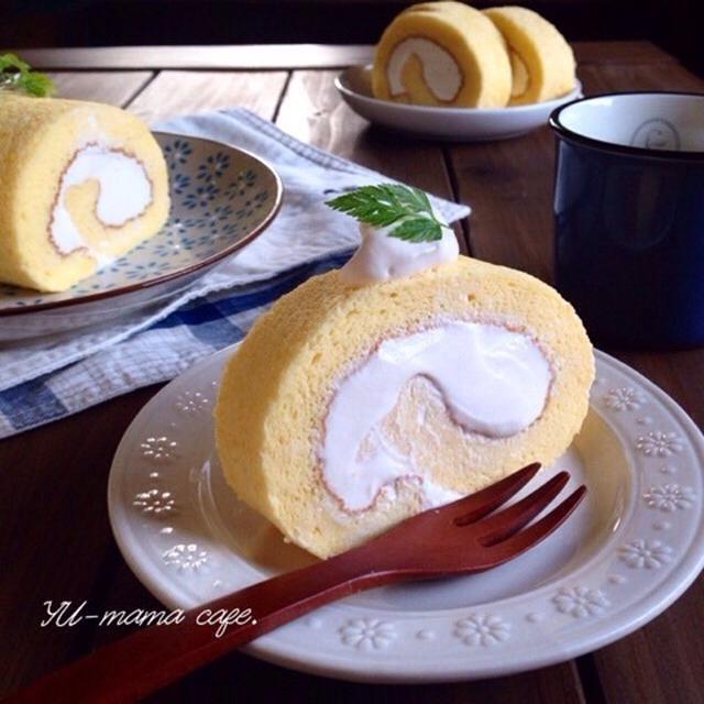 純生カラメルクリームのふわふわスフレロールケーキ