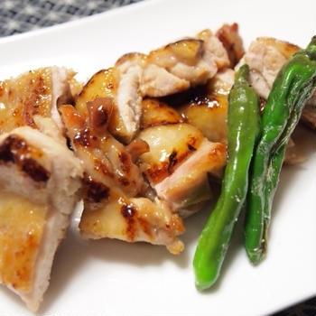 『主菜 - とりの照り焼き』 225kcal - 一汁三菜レシピ