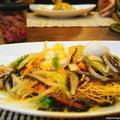 白菜で皿うどんと銘銘鍋