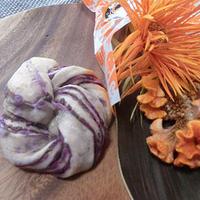 ハロウィンカラーの紫芋パン♪〈モニター〉