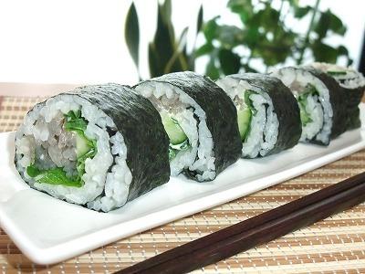 低たんぱく・減塩ごはん こんにゃく巻寿司