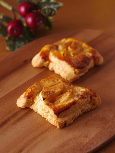ホットケーキミックスで超簡単☆りんごのデニッシュパン