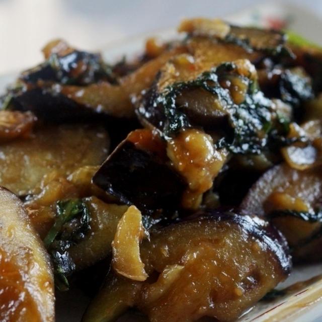 ■菜園直行料理 簡単!!5分【茄子と大葉の甘辛味噌炒め】