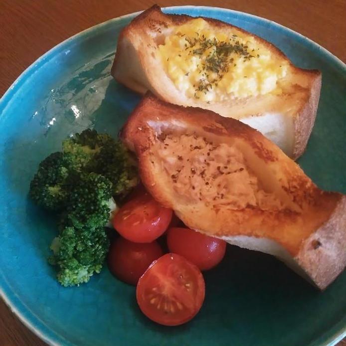 トースターで作れる 卵とツナのホットサンド