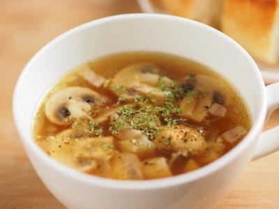マッシュルームのガーリックスープ