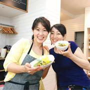 簡単スパイス料理教室!野菜でつくるグリーンカレー&本格チキンカレー!