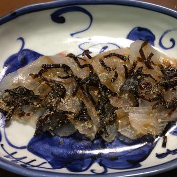 鯛の塩昆布胡麻漬け