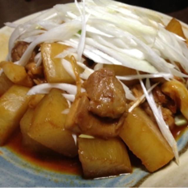 大根と鶏肉のニンニク、コチュジャン煮