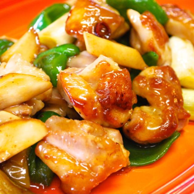 『ピリ辛が食欲をそそる!鶏の唐辛子炒め』