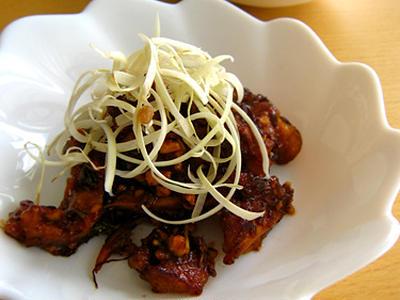 >*鶏から揚げのリメイク・ソース炒め by mocciさん
