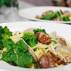 あさりがおいしい季節、春の野菜と楽しむボンゴレパスタ5選