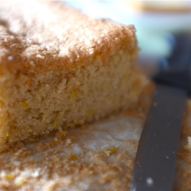 世界で一番簡単なアーモンドケーキの作り方。