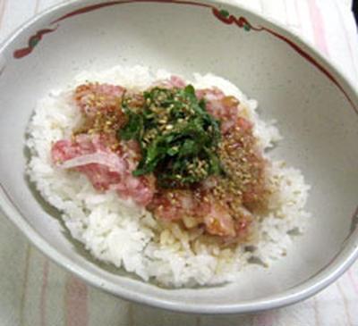 タマトロ丼