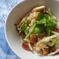 キノコとソーセージのグレインズサラダ