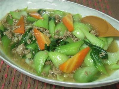 青梗菜と豚挽き肉のとろっと炒め