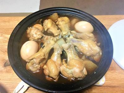 タジン鍋で手羽元のさっぱり煮!