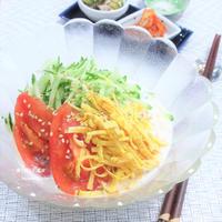 素麺を茹でるだけ。バランス良くヘルシー。夏野菜と豆乳で。韓国料理『コンクッス』