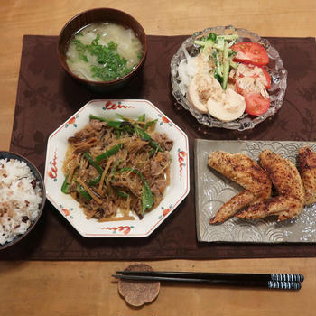 牛肉のチャプチェ&手羽先の塩焼の晩ご飯と ハートの紫陽花とか♪
