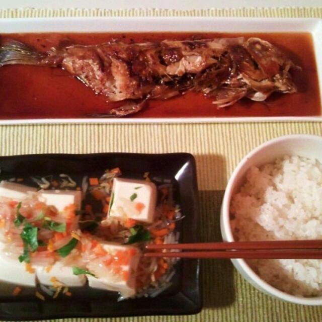 晩ごはん:甘鯛の煮付けとあんかけ豆腐。
