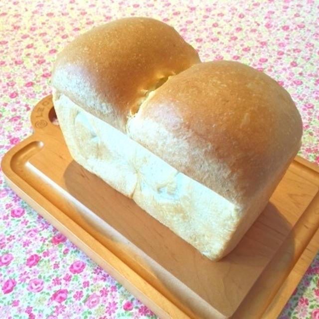Trattoria Logicでランチ しっとり山食パン