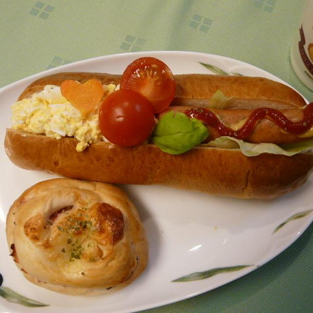 ウインナー&卵のドックパン