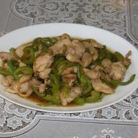鶏肉とピーマンの炒めもの