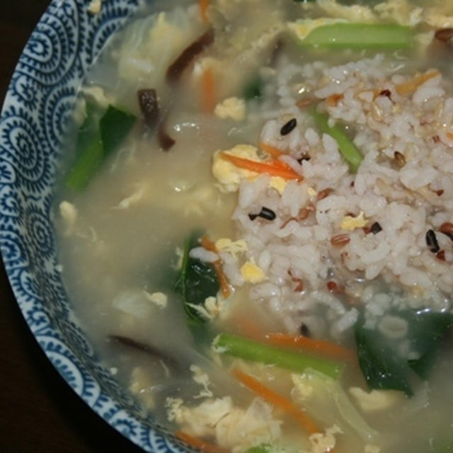 5月26日  飯島産混植米ともち麦入りごはんの野菜たっぷり雑炊