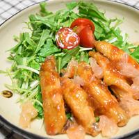 チキンスペアリブの甘辛にんにく照り焼き、グレープフルーツソース。