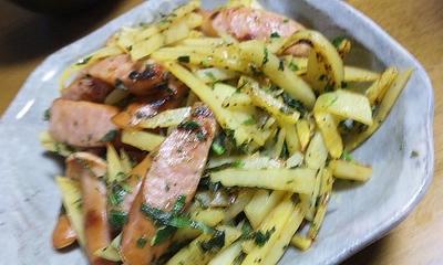 ソーセージとジャガイモのソテー <4種のペパー&ほんのりカレー風味青しそかけ> (キッチン ラボ)