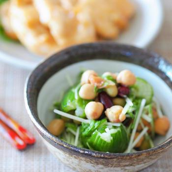 【レシピ・副菜】梅干しでサッパリ!ミックスビーンズときゅうりの梅肉和え