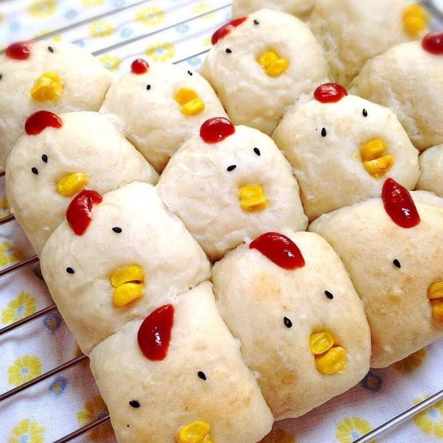 酉年に☆お砂糖なしごはん入りでもっちりにわとりのちぎりパン