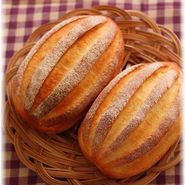 定番パンを焼く。