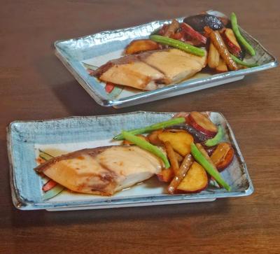 ストウブで鰤と秋野菜の甘辛煮