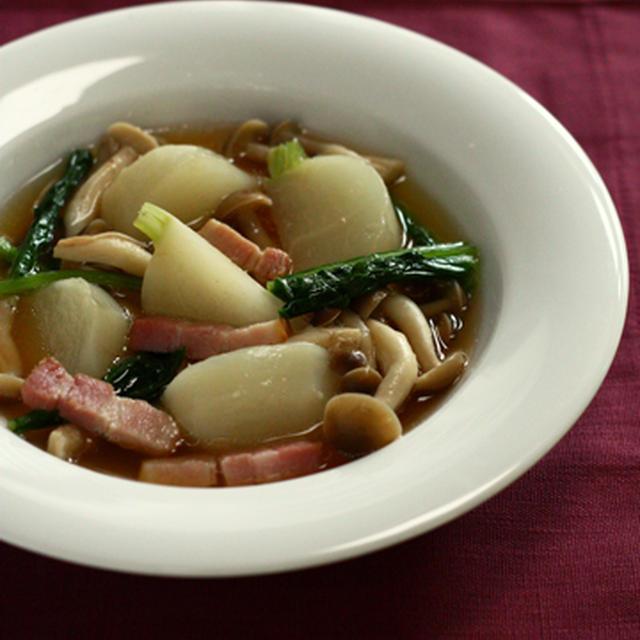 かぶとベーコンとしめじのスープ煮