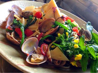 季節感満載!浅利と菜の花と筍のスパゲッティの桜パスタレシピ