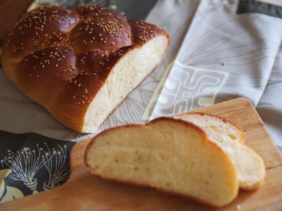 >ホームベーカリーでChallah Bread by つぶこさん