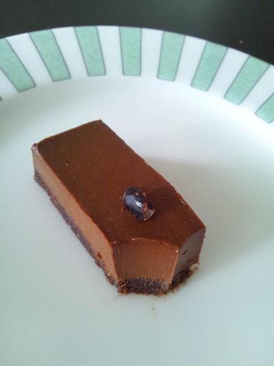 誰でも簡単にできるローチョコレートケーク