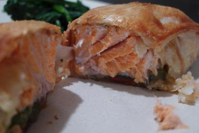 鮭のパイ包み焼き