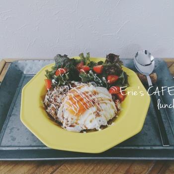 【うちカフェ】豆腐ハンバーグでちょいヘルシー?ロコモコプレートランチ