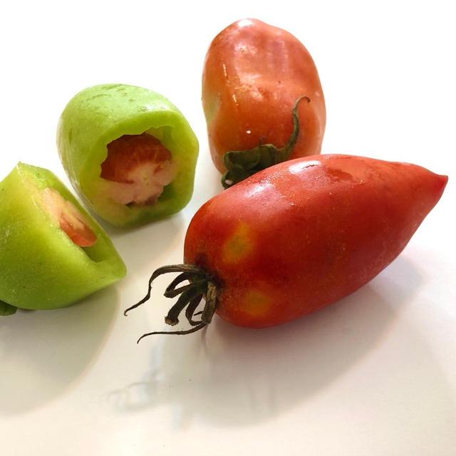 サンマルツァーノトマトで香草パン粉焼き