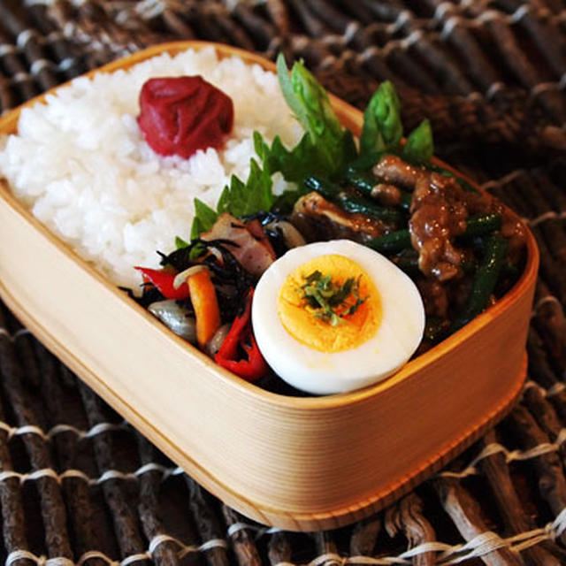 醤油麹漬け豚肉と長豆の生姜焼き・・お弁当♪