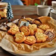 型抜きしやすい★クリスマス型抜きクッキー 〜スポンジも焼き上がりました(*´︶`*)