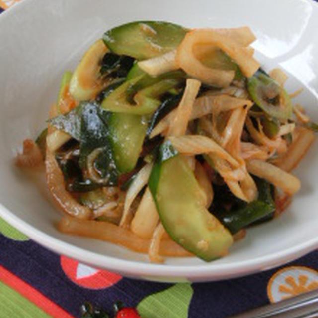 食欲ない時にオススメ韓国料理!!キュウリと大根とワカメの酢コチュジャン和え