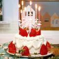 セリアの豪華なキャンドルスタンドで❤簡単!ふわふわホイップの苺デコレーションケーキを作りました♪