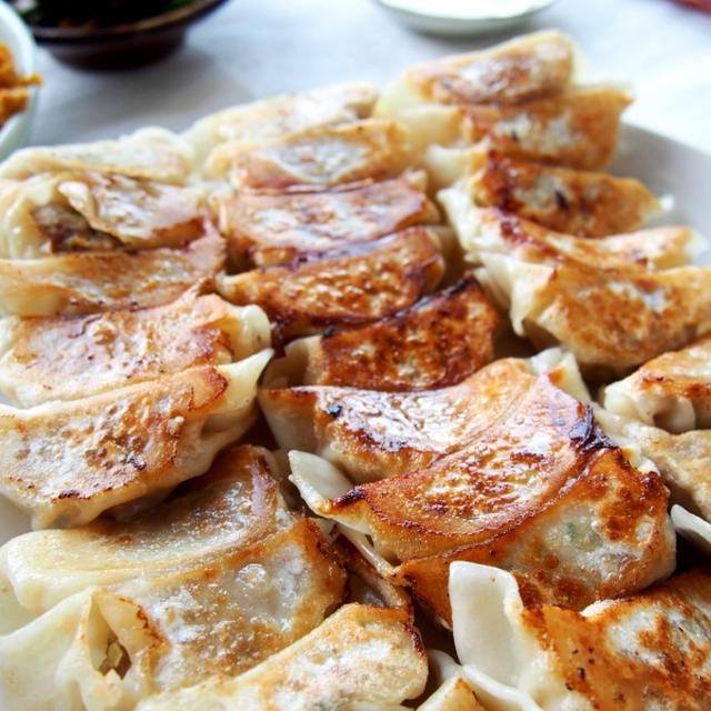 ドイツで手作り餃子のお昼ご飯 と 餃子の焼き方のコツ