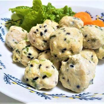 アンチエイジングには蒸し料理がオススメ!『スチームチキンボール』のレシピ3種