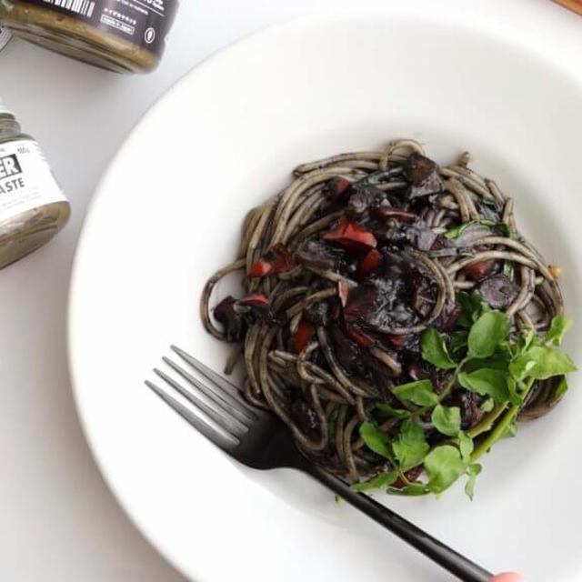 【お店の味!】牡蠣味噌とイカ墨のパスタのレシピ
