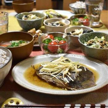 【レシピ】カレイのねぎ生姜蒸し✳︎和食✳︎レンジ調理✳︎簡単✳︎ほっこりおかず…体重が増えたから。