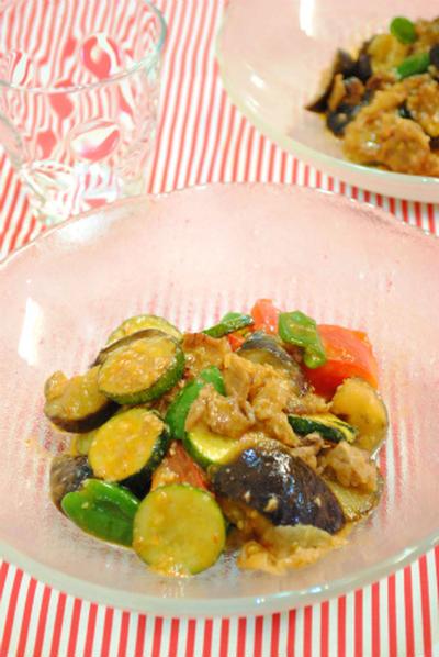 たっぷり 夏野菜の ピリ辛 味噌炒め ☆