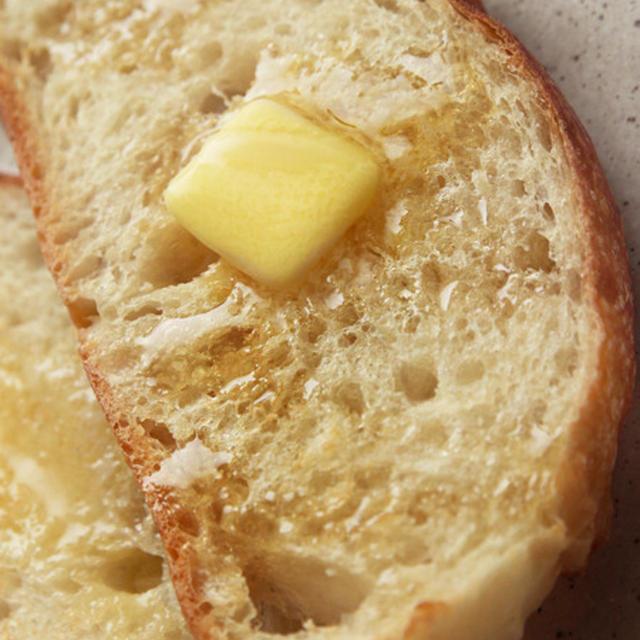 ストウブで焼く捏ねないパンの決定版レシピ